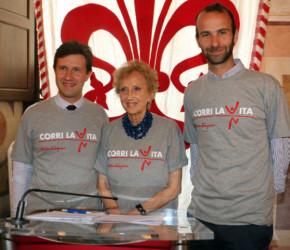 Dario Nardella Bona Frescobaldi e Andrea Vannucci alla Conferenza di Corri la Vita 2014 web