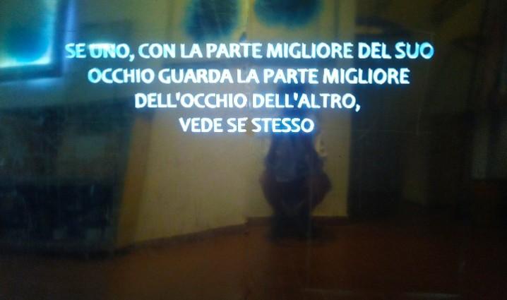 Antonello_ Ghezzi_ Vedere me in te_2021_lastre specchianti, impianto luminoso_220x223 cm_work in progress_in studio 4