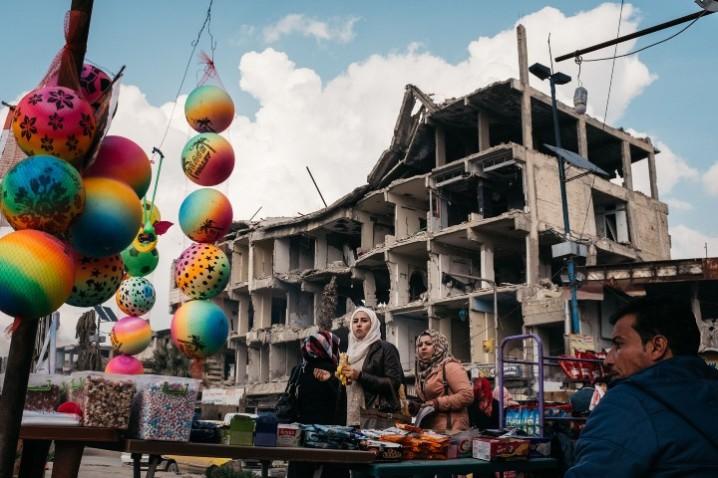 9 DAYS IN RAQQA - photo 3